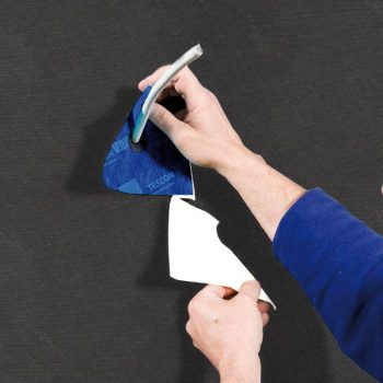 Aussendämmung, Außendämmung, Durchführung, Durchführunghinweis, Verarbeitungsbilder, Winddichtungichtung, ausführung, ausführungshinweise, ausführungsschritte, umsetzung, verarbeitung, verarbeitungshinweise, verarbeitungsschritte, Anschluss, Kaflex Mono, Innendämmung, abziehen, Dichtungsmanschette, Kabelmanschetten, kabeldurchführung, trennfolie, Kabel, Solitex Fronta Penta, Solitex Fronta Penta connect